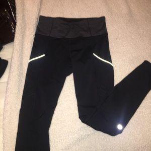 Lululemon leggings size 6.
